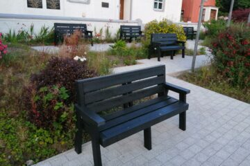 Glensinna Benches in Ballymote